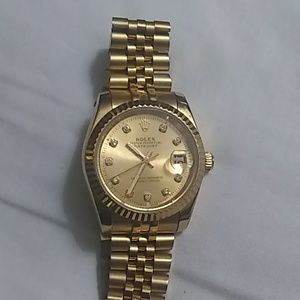 18k gold oyster perpetual date just Rolex watch